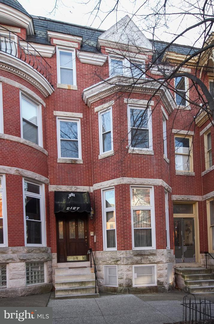 Single Family for Sale at 2127 Bolton St Baltimore, Maryland 21217 United States