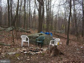 Additional photo for property listing at 14 C.M.R.A.  Great Cacapon, West Virginia 25422 United States