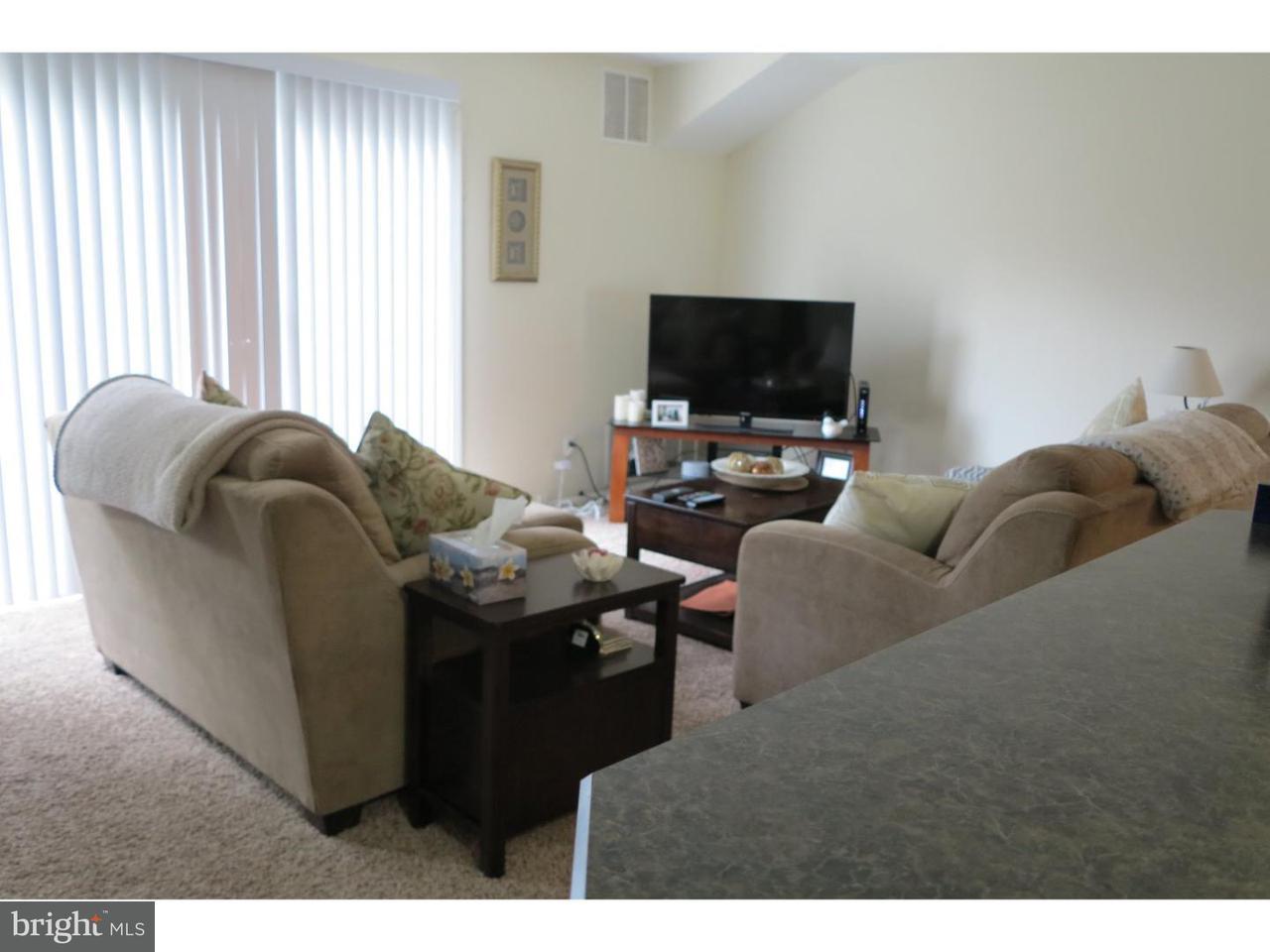 Maison unifamiliale pour l à louer à 2116 WOODHOLLOW Drive Burlington, New Jersey 08053 États-Unis