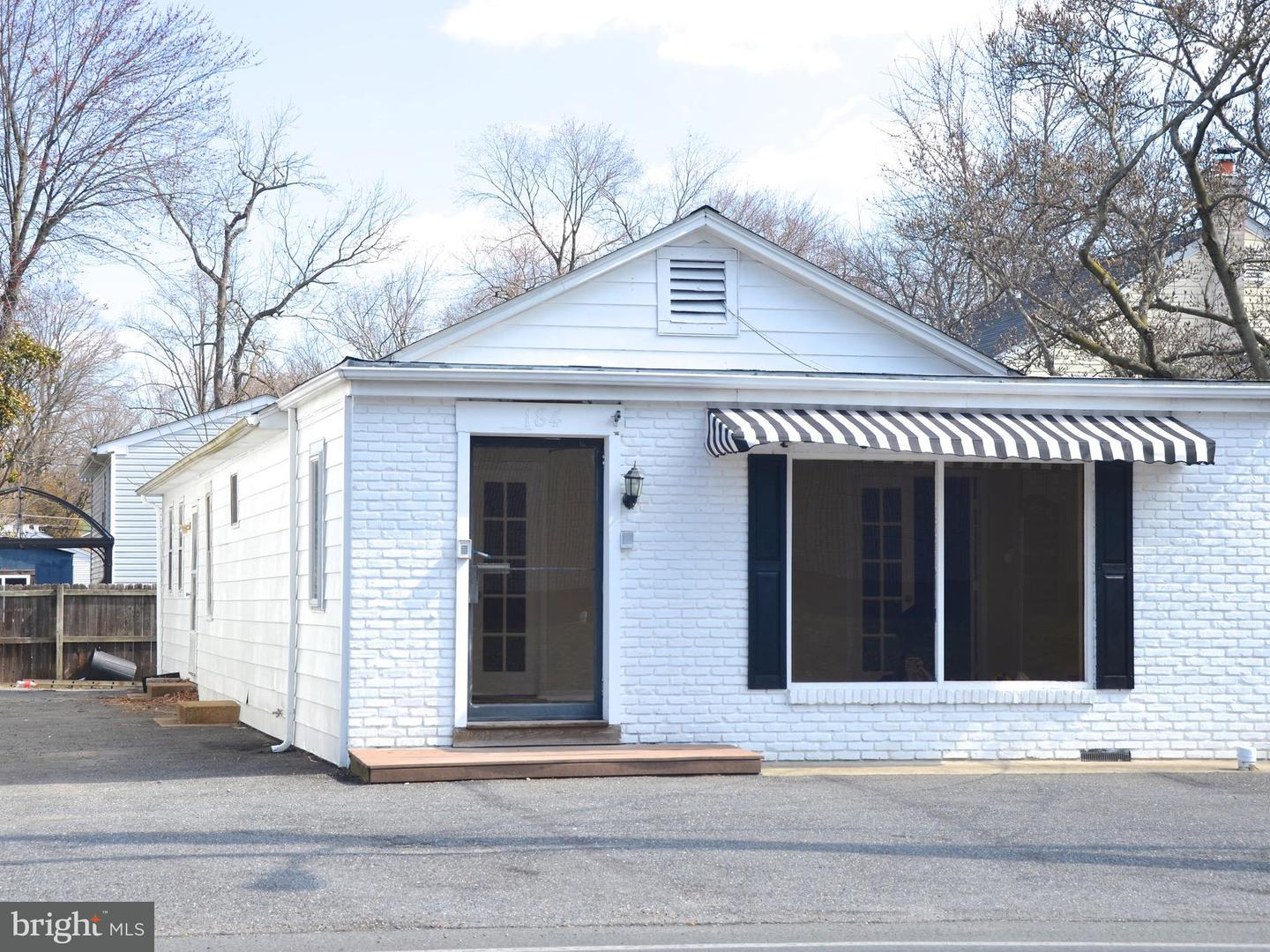 Other Residential for Rent at 184 Mayo Rd Edgewater, Maryland 21037 United States
