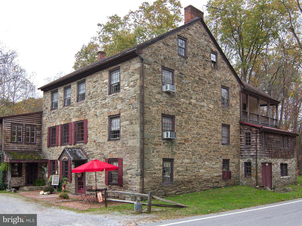 Commercial for Sale at 6210 Smoketown Rd Glenville, Pennsylvania 17329 United States