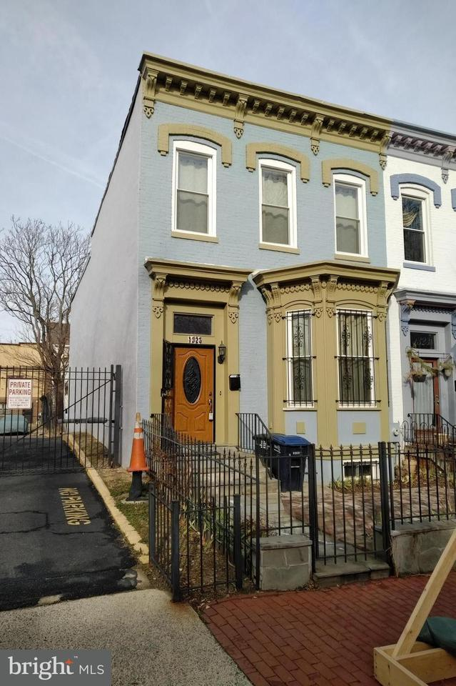 Single Family for Sale at 1325 Riggs St NW Washington, District Of Columbia 20009 United States