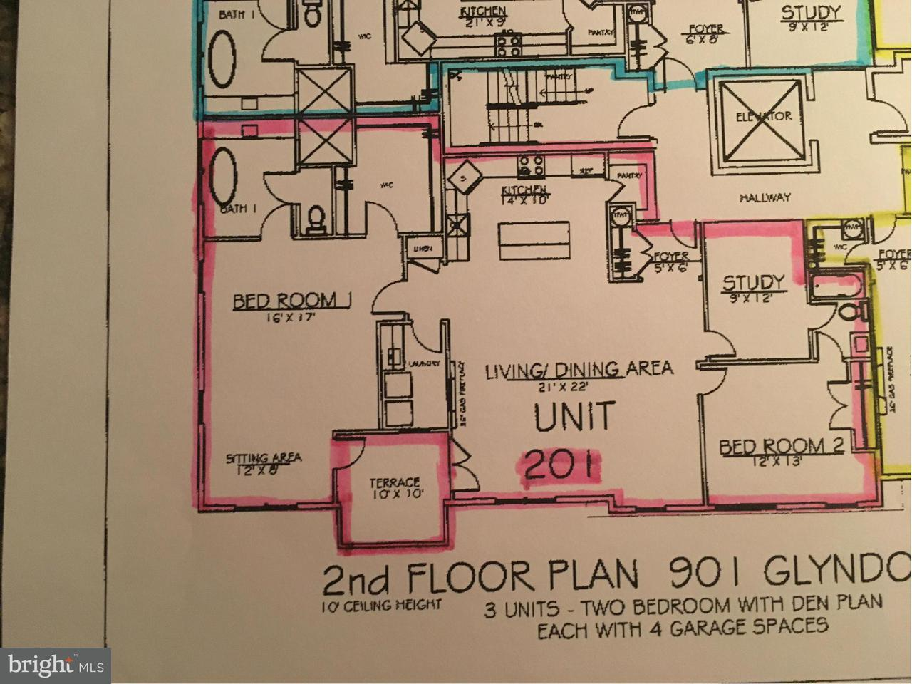 Additional photo for property listing at 901 Glyndon St Se ##202 901 Glyndon St Se ##202 Vienna, Virginia 22180 États-Unis