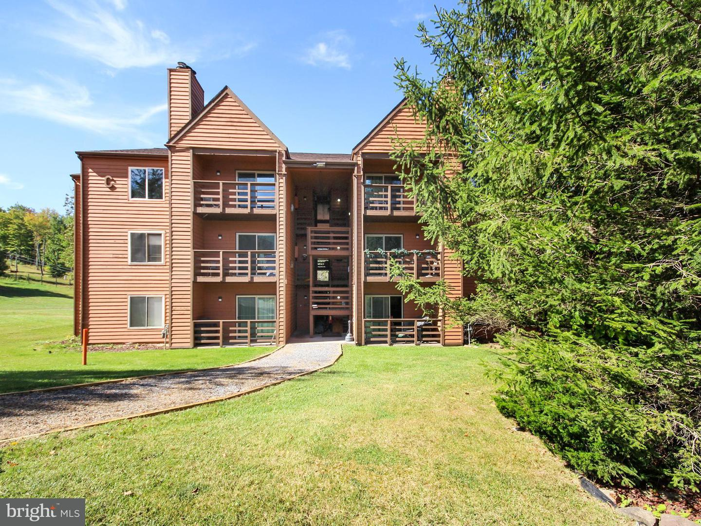 Single Family for Sale at 30 Herzwood Dr #d101 Davis, West Virginia 26260 United States