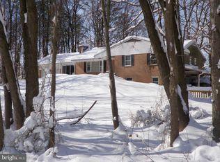 Terrain pour l Vente à 7122 Lackawanna Drive 7122 Lackawanna Drive Springfield, Virginia 22150 États-Unis