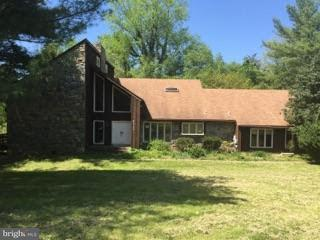 Single Family Home for Sale at 6113 Granby Road 6113 Granby Road Rockville, Maryland 20855 United States