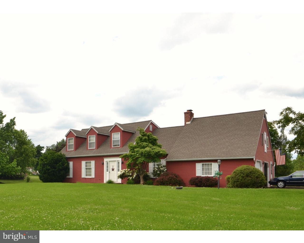 Maison unifamiliale pour l Vente à 723 GODSHALL Road Telford, Pennsylvanie 18969 États-Unis
