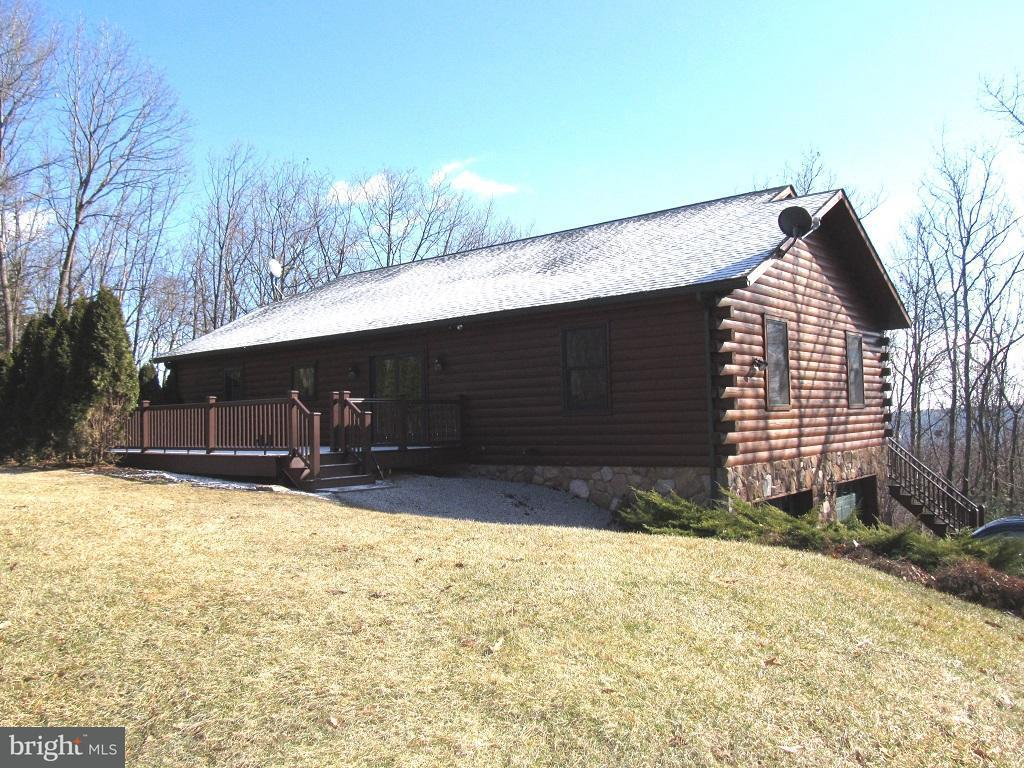Single Family for Sale at 45 Loop Rd Biglerville, Pennsylvania 17307 United States