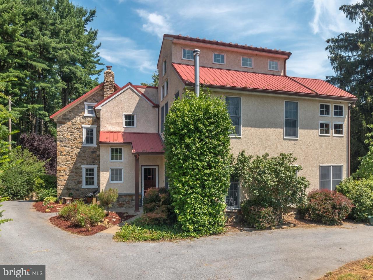 Частный односемейный дом для того Продажа на 174 GROFF Road Bechtelsville, Пенсильвания 19505 Соединенные Штаты