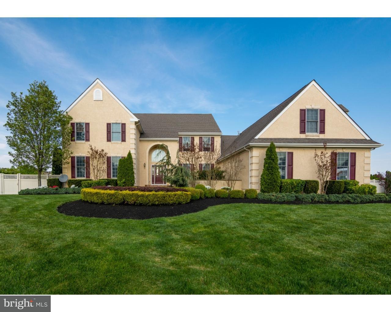 Maison unifamiliale pour l Vente à 46 LINWOOD Drive Monroe, New Jersey 08831 États-UnisDans/Autour: Monroe Township