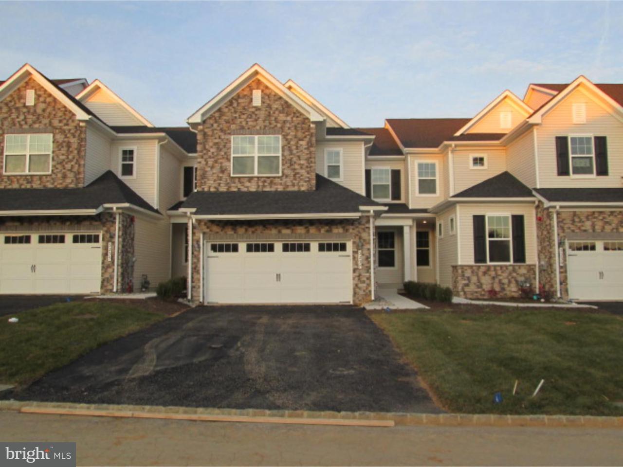联栋屋 为 出租 在 3237 KRISTA Lane 切斯特斯普林斯, 宾夕法尼亚州 19425 美国