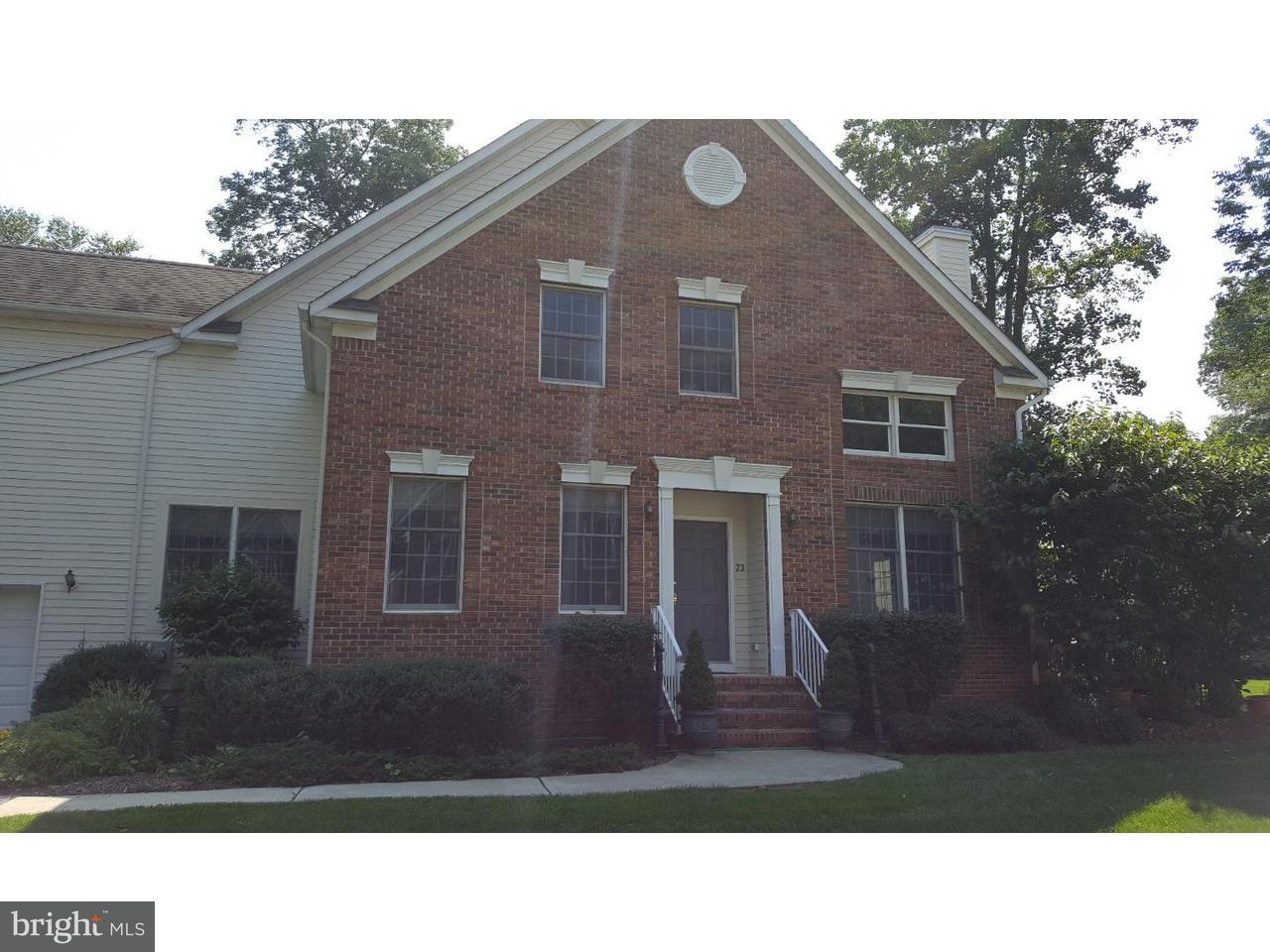 Maison accolée pour l à louer à 23 STONEWALL Circle Princeton, New Jersey 08540 États-UnisDans/Autour: Princeton