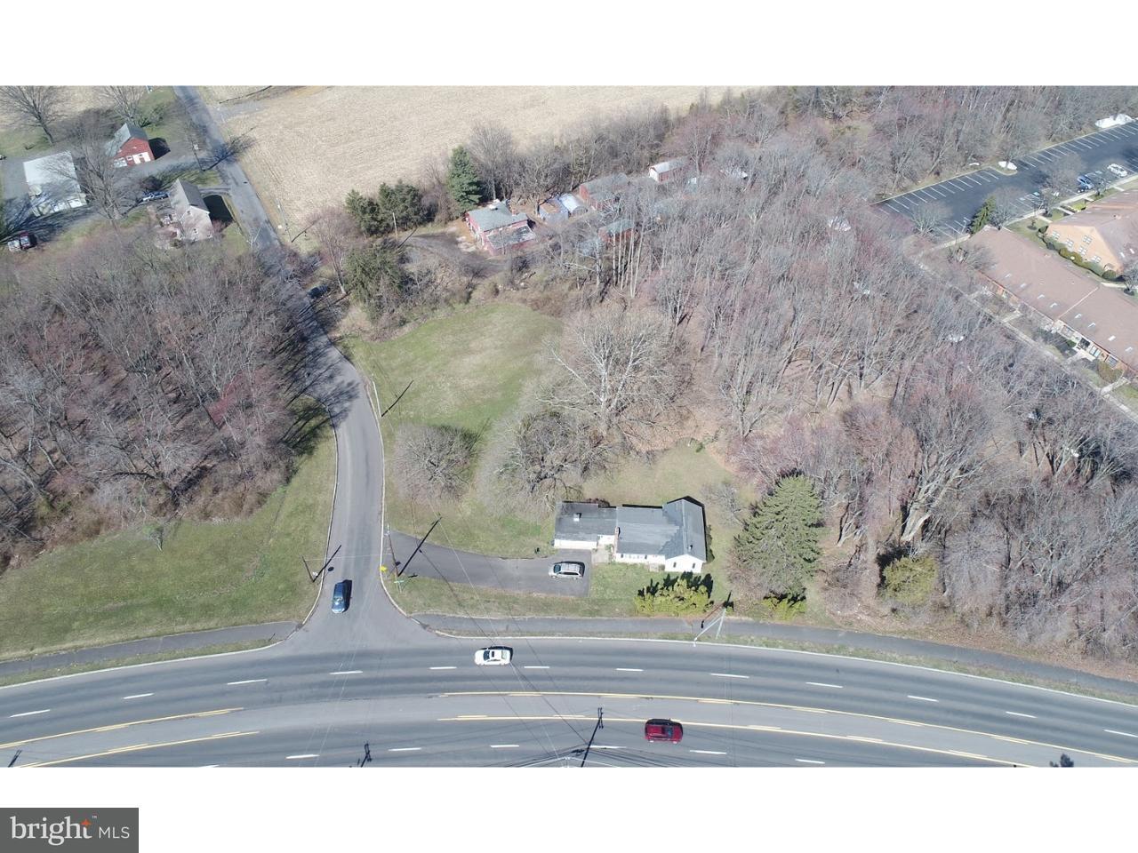 独户住宅 为 销售 在 1648 DOBRY Road 雅德利, 宾夕法尼亚州 19067 美国