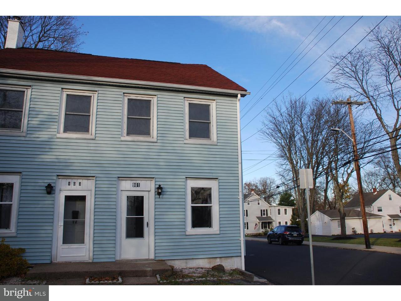 联栋屋 为 出租 在 903 W BROAD Street 夸克敦, 宾夕法尼亚州 18951 美国