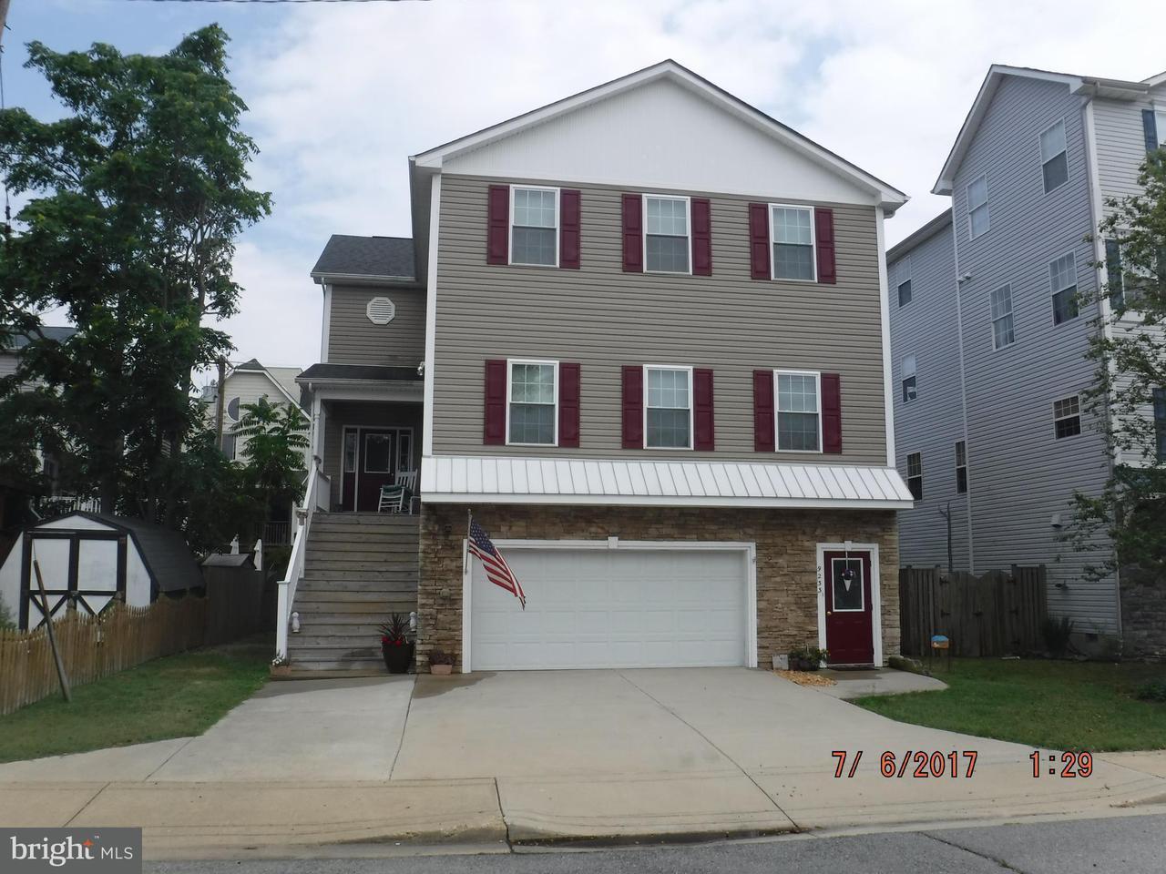 Villa per Vendita alle ore 9233 Annapolis Avenue 9233 Annapolis Avenue North Beach, Maryland 20714 Stati Uniti