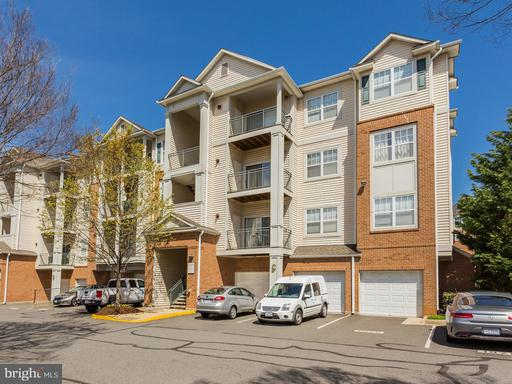 Property for sale at 4409 Weatherington Ln #204, Fairfax,  VA 22030