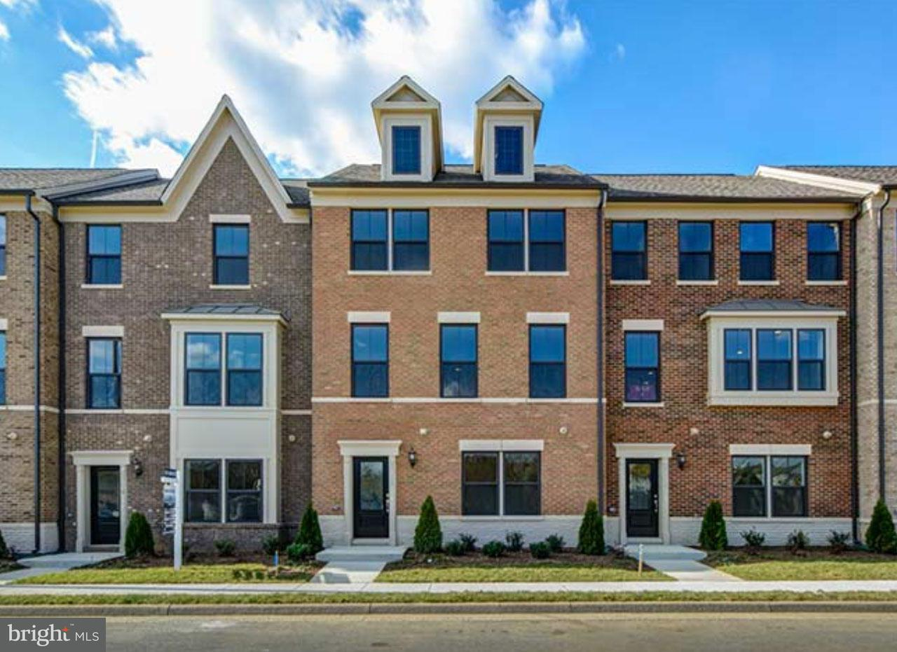 Townhouse for Sale at 3745 Signal Knob Court 3745 Signal Knob Court Falls Church, Virginia 22041 United States