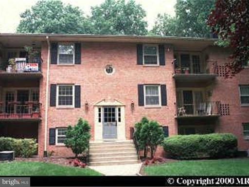Property for sale at 3790 Lyndhurst Dr #101, Fairfax,  VA 22031
