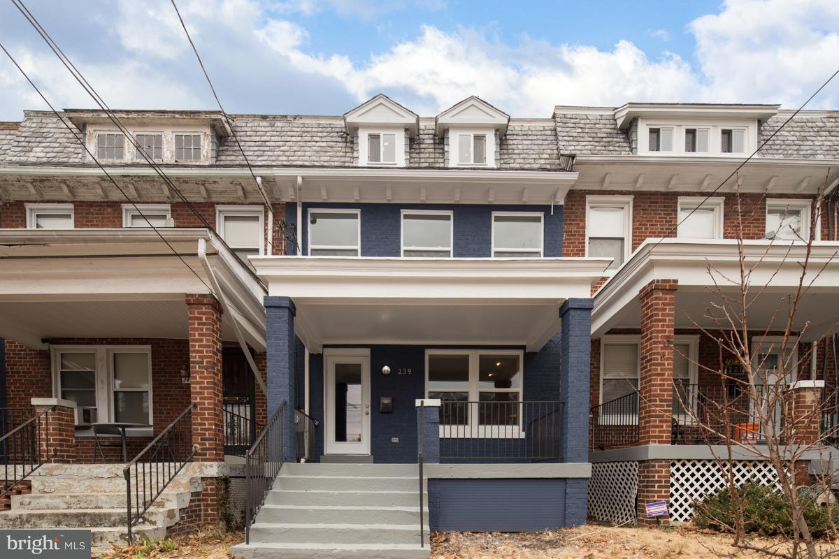 Single Family for Sale at 239 Longfellow St NW Washington, District Of Columbia 20011 United States