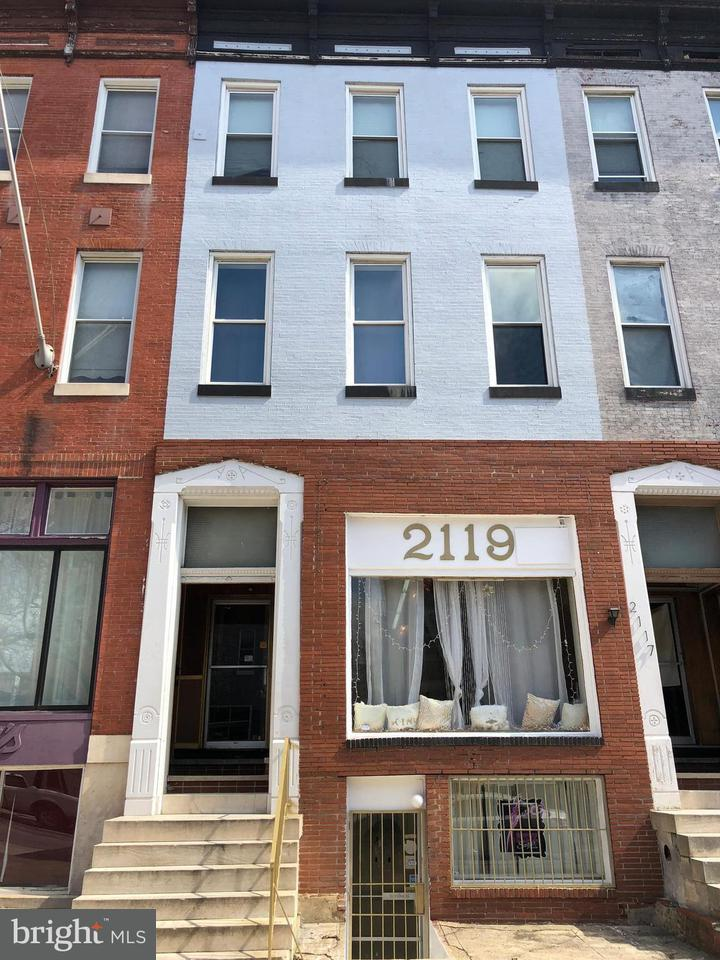 Commercial for Sale at 2119 Charles St Baltimore, Maryland 21218 United States