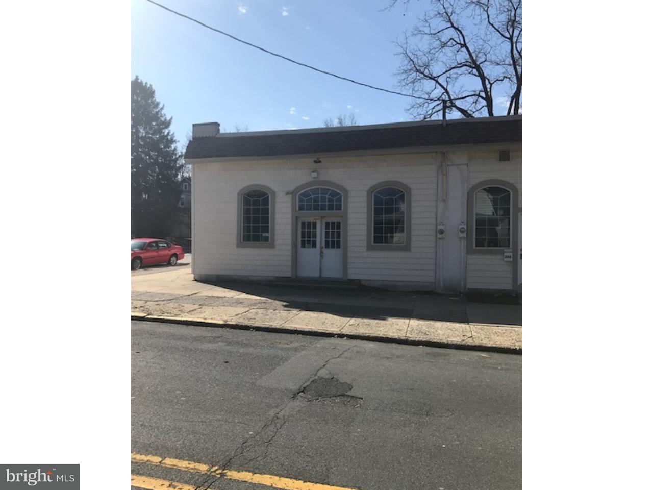 Частный односемейный дом для того Продажа на 268 WYOMING Avenue Audubon, Нью-Джерси 08106 Соединенные Штаты