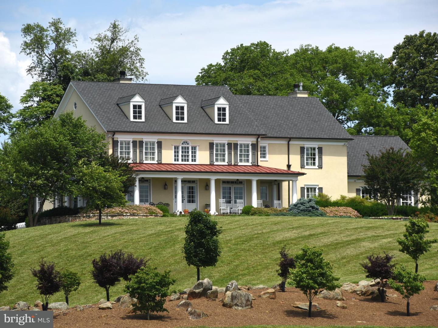Single Family for Sale at 96 Lyle Ln Amissville, Virginia 20106 United States