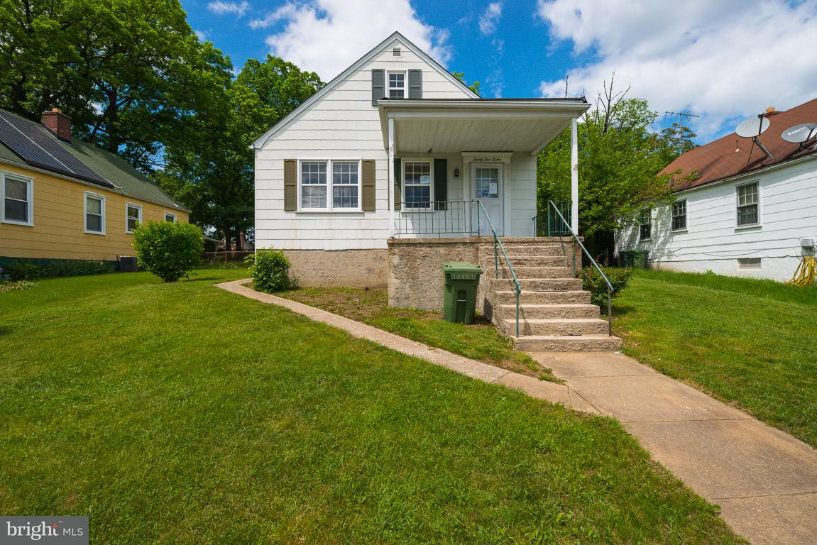 Single Family for Sale at 2512 Ruscombe Ln Baltimore, Maryland 21215 United States