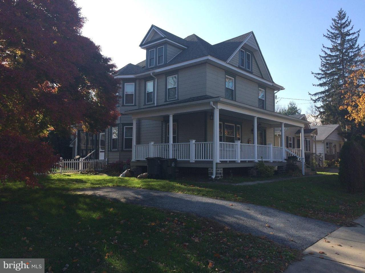 Частный односемейный дом для того Аренда на 214 CHESTNUT PKWY Wallingford, Пенсильвания 19086 Соединенные Штаты