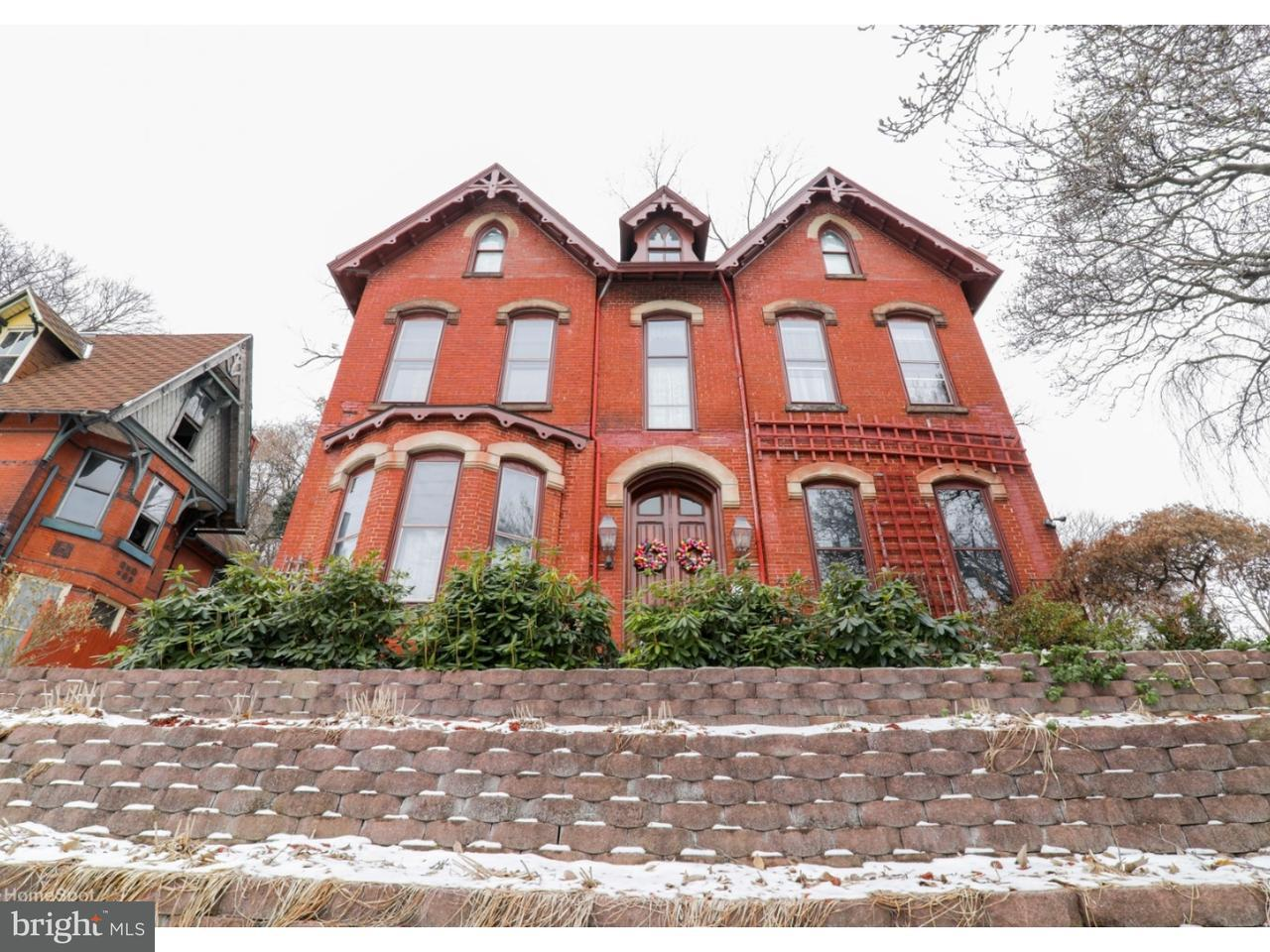 Single Family Home for Sale at 315 S CENTRE Street Pottsville, Pennsylvania 17901 United States