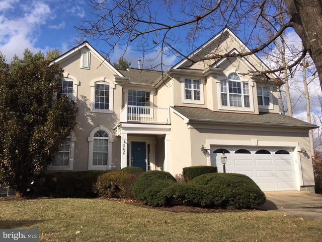 Частный односемейный дом для того Продажа на 47058 Garrett Place 47058 Garrett Place Potomac Falls, Виргиния 20165 Соединенные Штаты