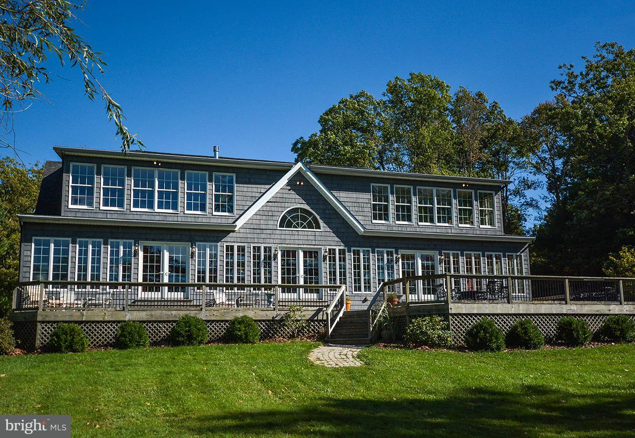 Single Family for Sale at 2555 Turkey Neck Rd Swanton, Maryland 21561 United States