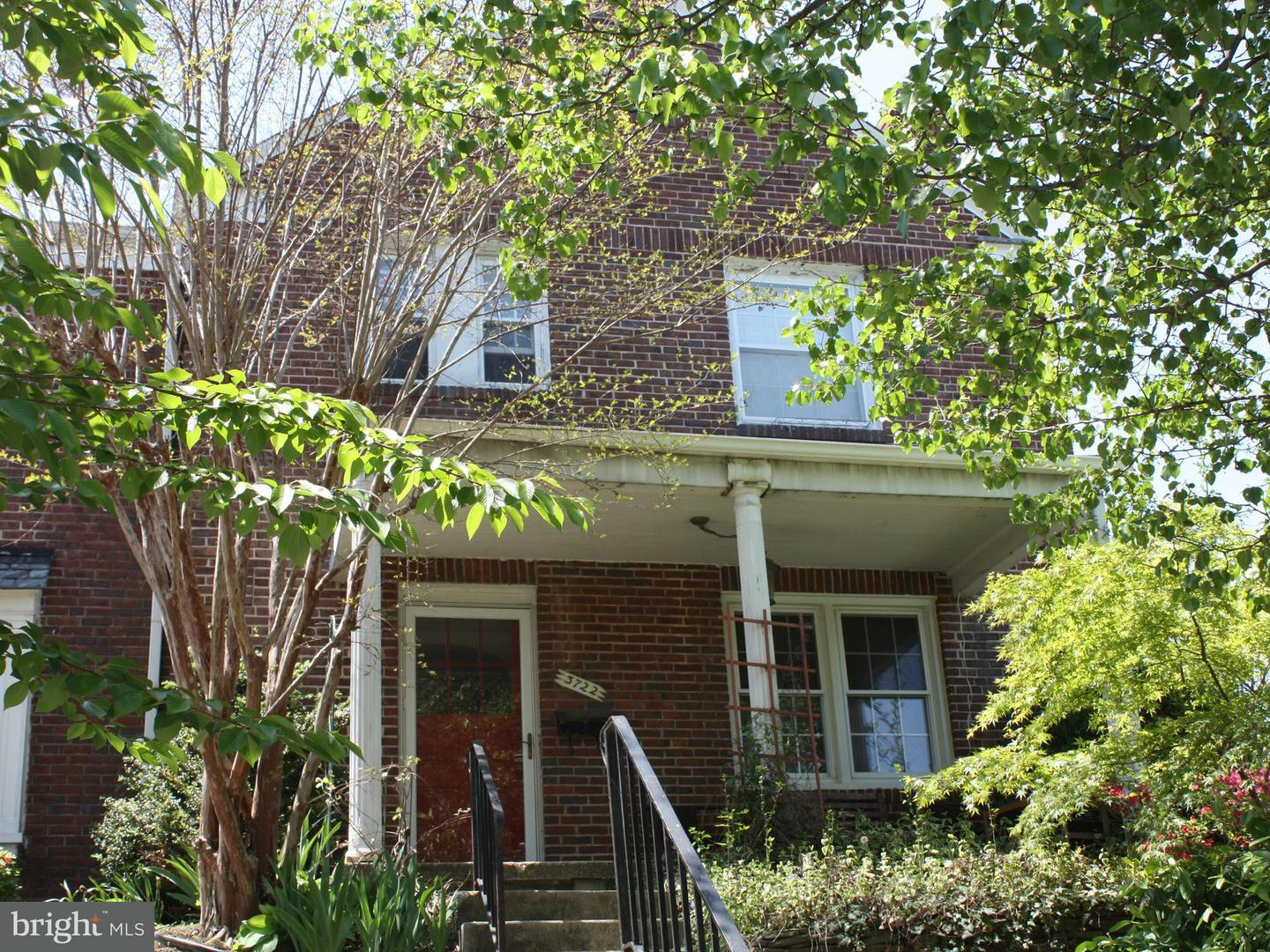 Single Family for Sale at 3722 Delverne Rd Baltimore, Maryland 21218 United States