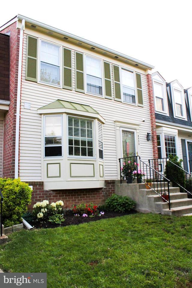 Σπίτι στην πόλη για την Πώληση στο 4530 Shoal Creek Court 4530 Shoal Creek Court Alexandria, Βιρτζινια 22312 Ηνωμενεσ Πολιτειεσ