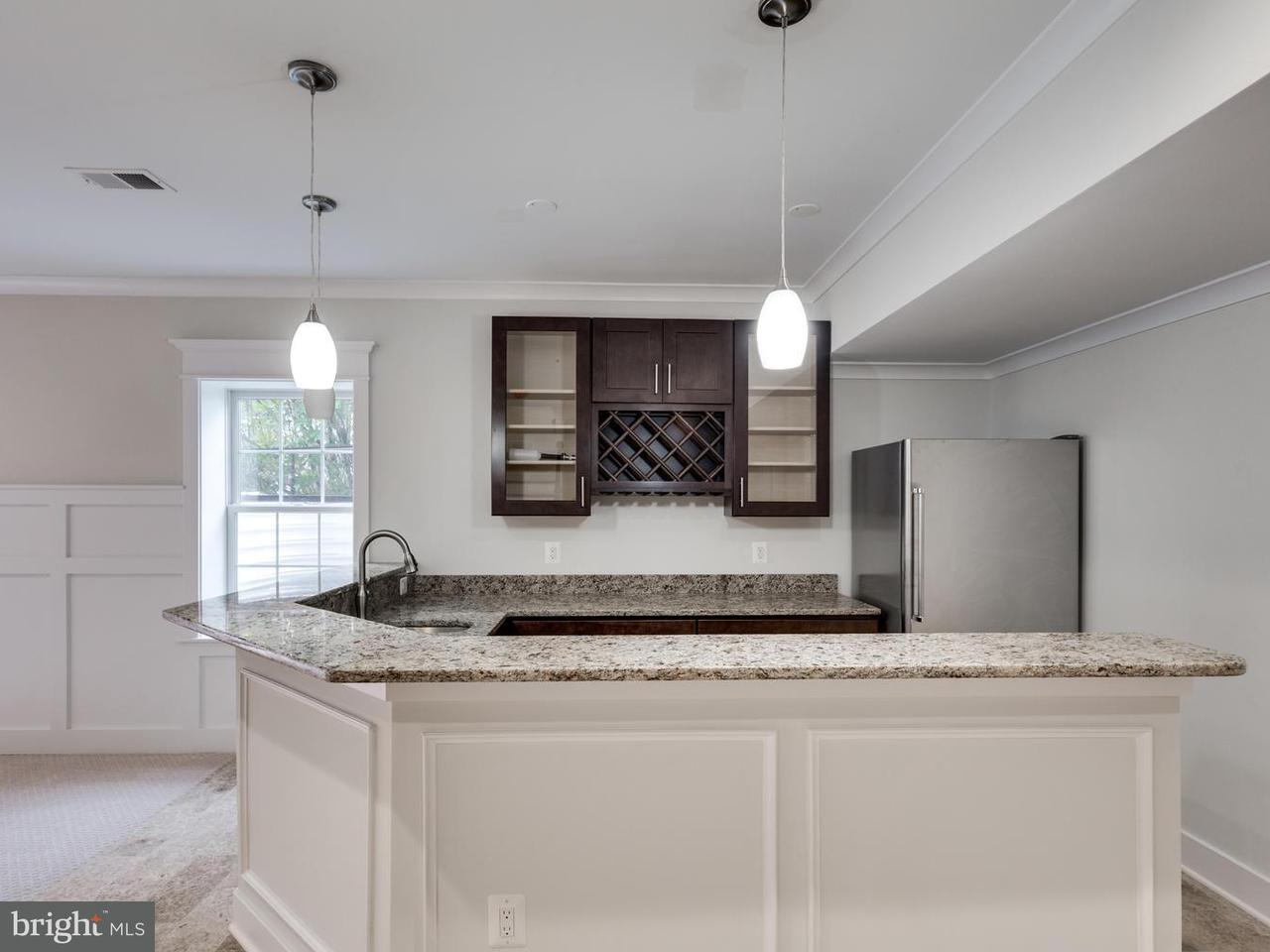 Additional photo for property listing at 7116 Churchill Road 7116 Churchill Road McLean, Virginia 22101 Verenigde Staten