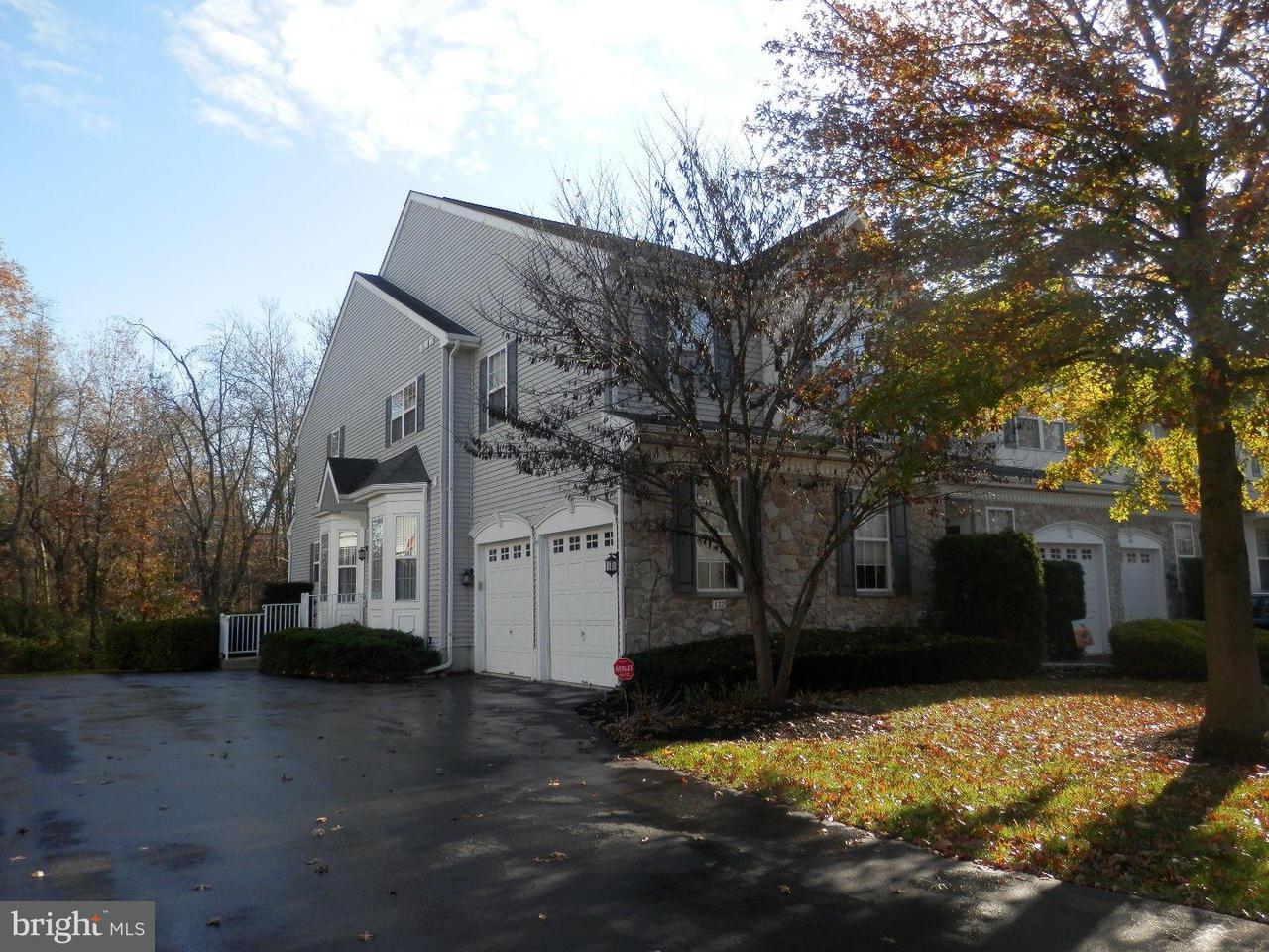 Casa unifamiliar adosada (Townhouse) por un Alquiler en 172 PORTSMOUTH Circle Glen Mills, Pennsylvania 19342 Estados Unidos