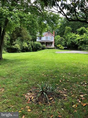 Property for sale at 7704 Idylwood Rd, Falls Church,  VA 22043