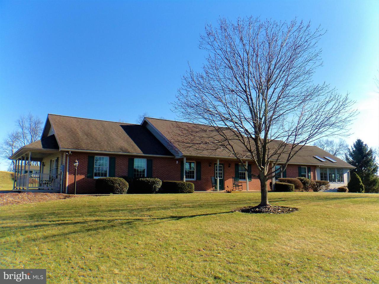 단독 가정 주택 용 매매 에 12588 Garnes Road 12588 Garnes Road Mercersburg, 펜실바니아 17236 미국