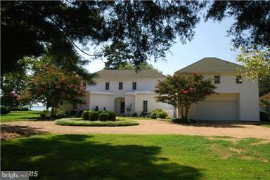 Vivienda unifamiliar por un Venta en 17891 Rosecroft Road 17891 Rosecroft Road Lexington Park, Maryland 20653 Estados Unidos