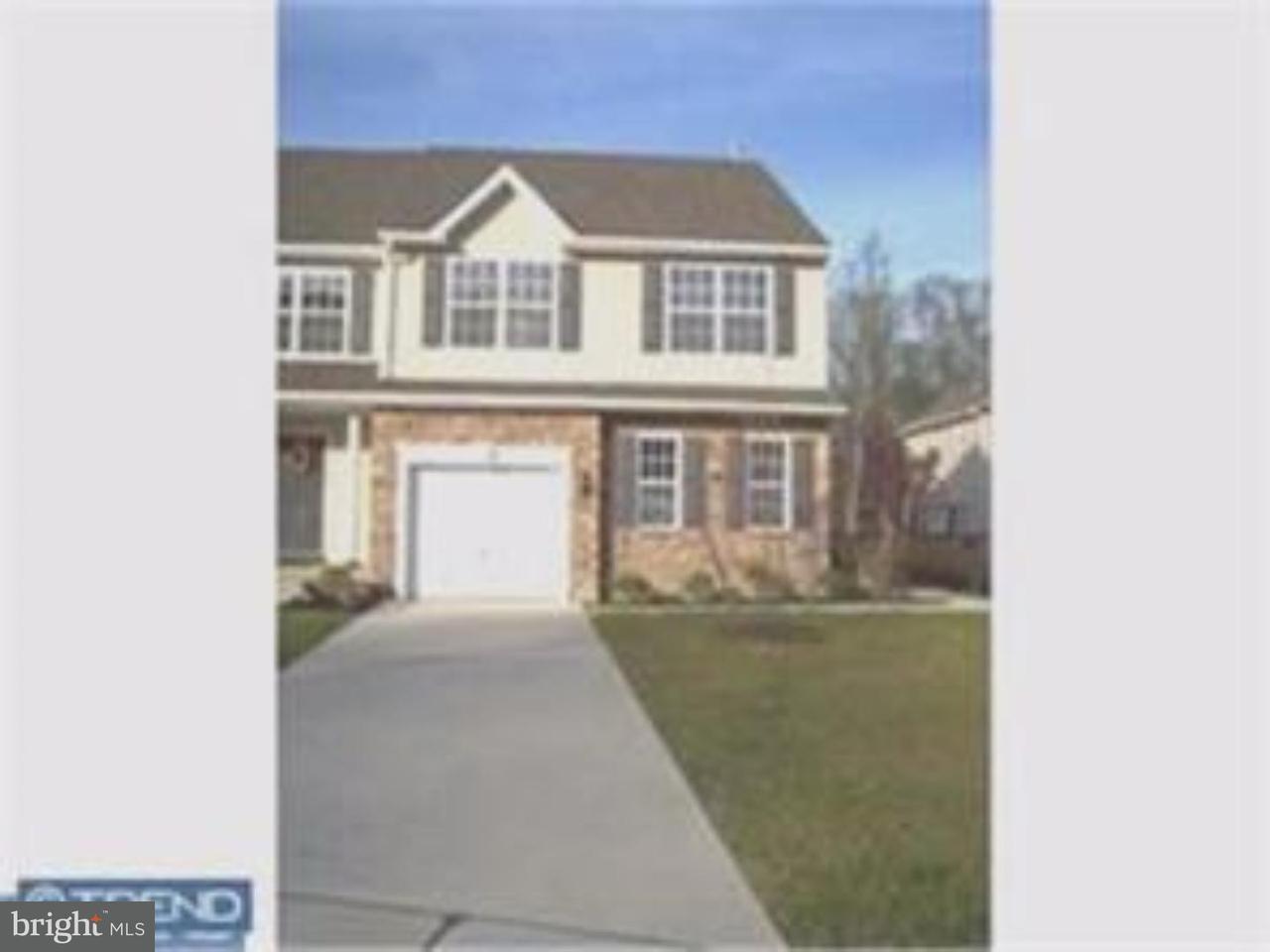 Casa unifamiliar adosada (Townhouse) por un Alquiler en 114 CELESTINO Court Blackwood, Nueva Jersey 08012 Estados Unidos
