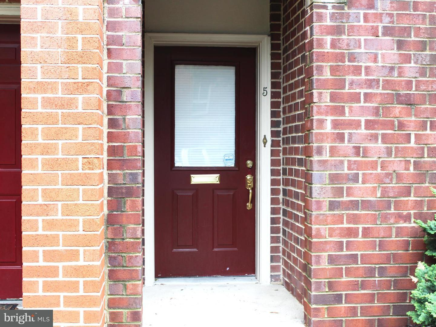 Single Family for Sale at 5 Lee St #r51 Baltimore, Maryland 21201 United States