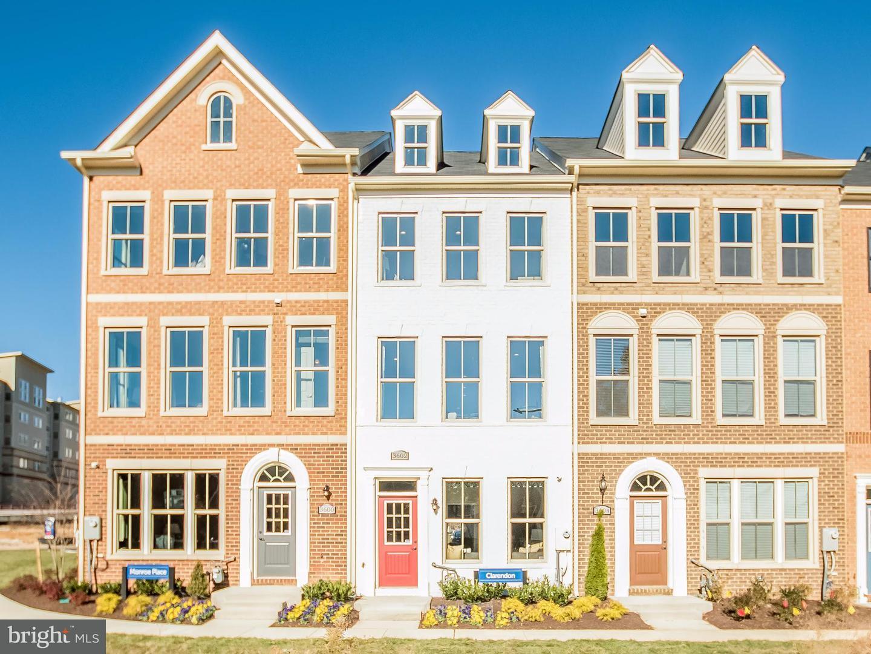 Single Family for Sale at 3722 Commodore Joshua Barney Dr NE Washington, District Of Columbia 20018 United States