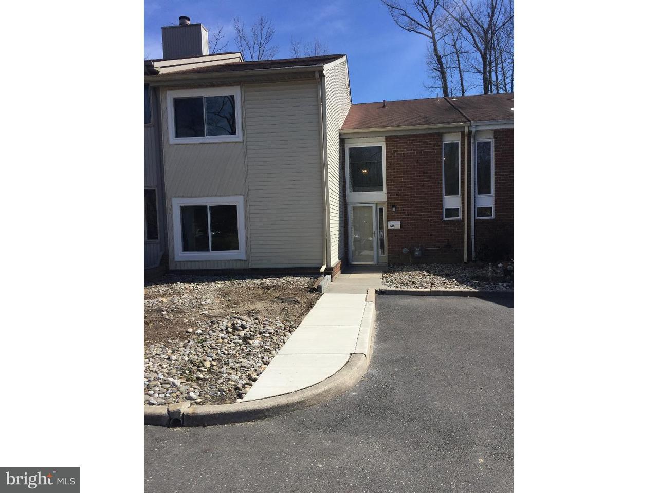 Casa Unifamiliar por un Alquiler en 313 BARTON RUN BLVD Marlton, Nueva Jersey 08053 Estados Unidos