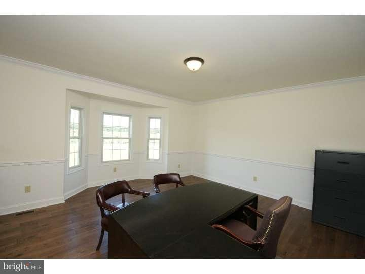 Additional photo for property listing at 1 SIENNA Court  Robbinsville, New Jersey 08691 États-Unis