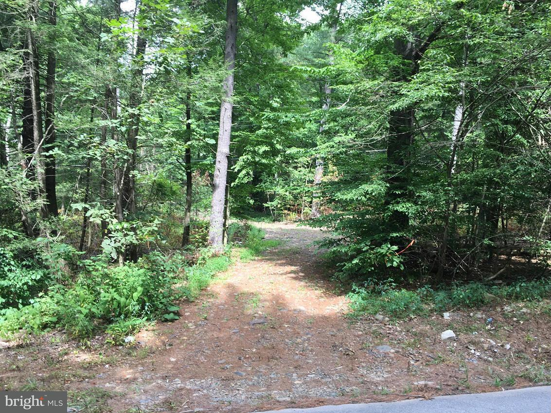 Additional photo for property listing at Old Plank Rd  Huntingdon, Pennsylvania 16652 United States