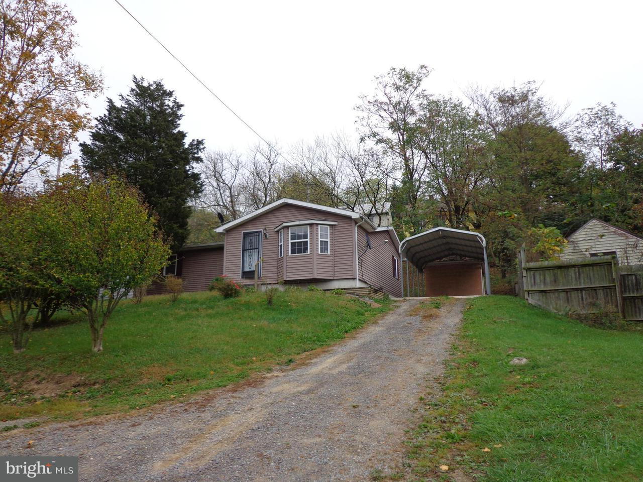 Other Residential for Rent at 20 Harrison Ave Berkeley Springs, West Virginia 25411 United States