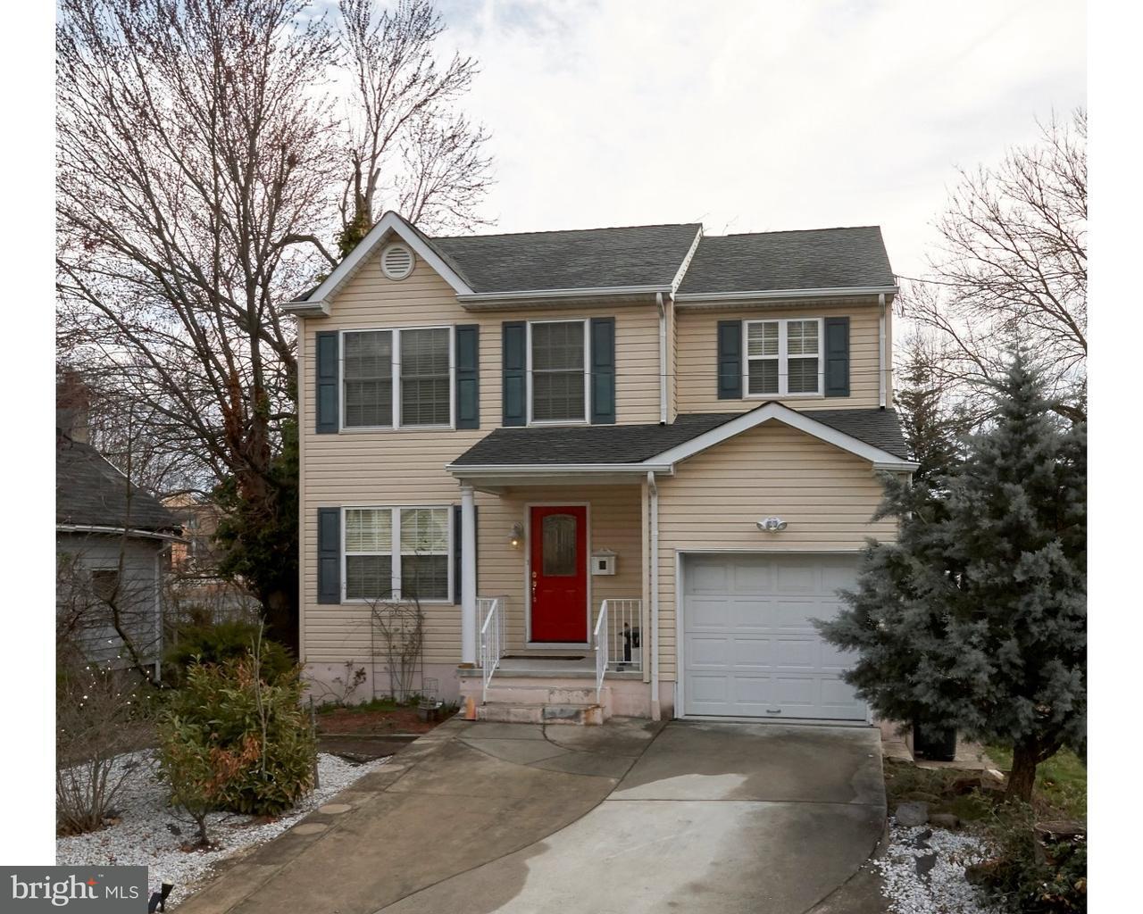 Maison unifamiliale pour l Vente à 321 SAUNDERS Avenue Bellmawr, New Jersey 08031 États-Unis