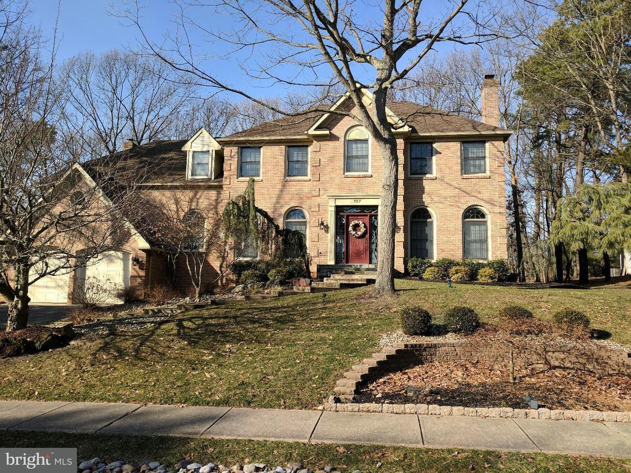 Casa Unifamiliar por un Venta en 127 FORREST HILLS Drive Voorhees, Nueva Jersey 08043 Estados Unidos