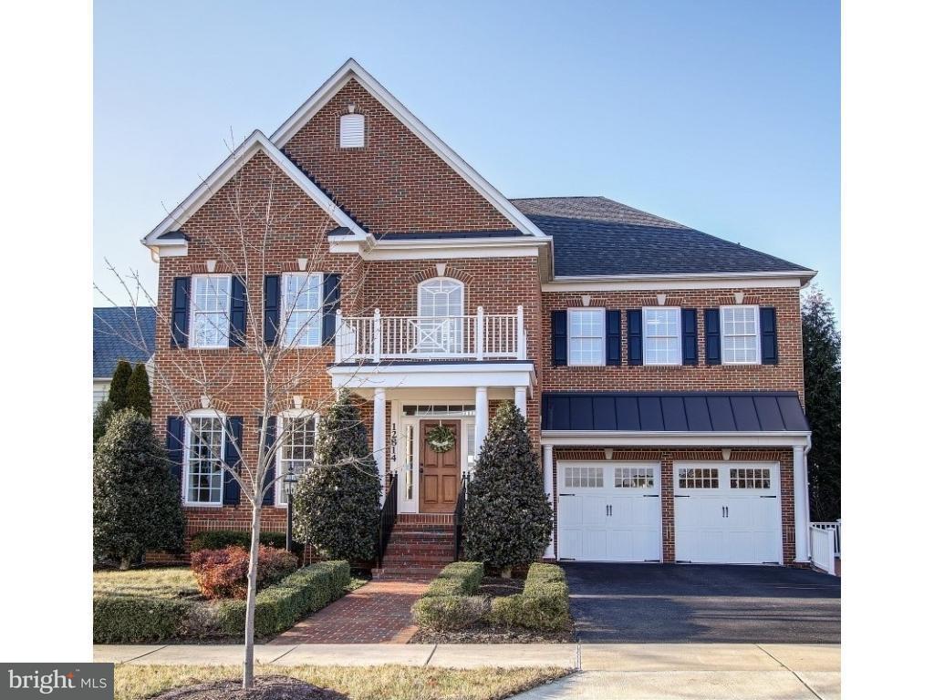 独户住宅 为 销售 在 12814 Grand Elm Street 12814 Grand Elm Street Clarksburg, 马里兰州 20871 美国