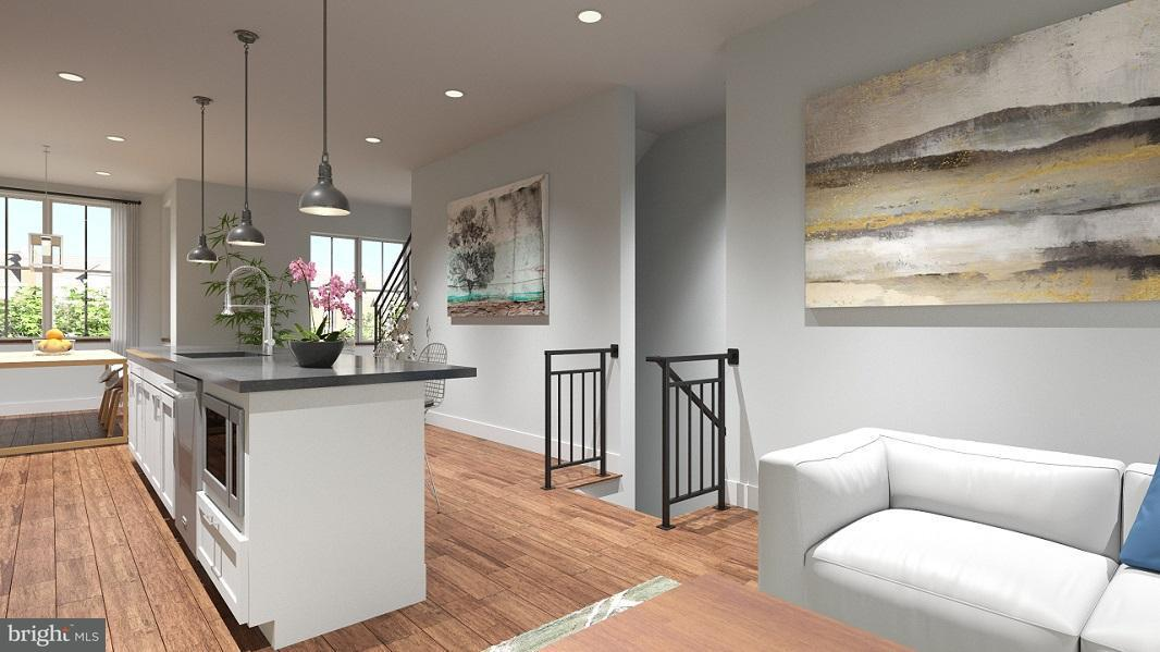 Additional photo for property listing at 1007 Girard St Nw #A 1007 Girard St Nw #A Washington, Distrito De Columbia 20001 Estados Unidos