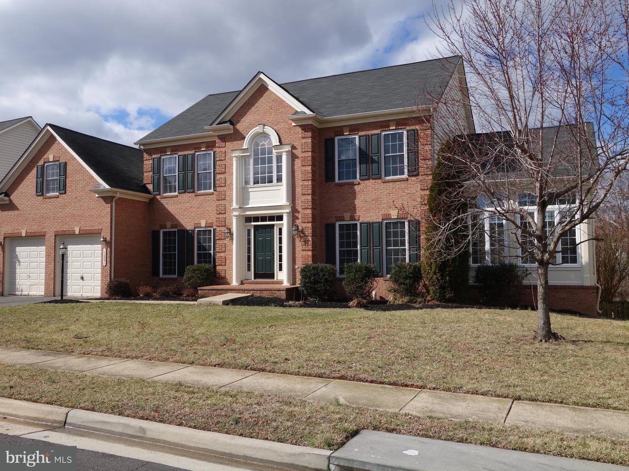 Частный односемейный дом для того Продажа на 13661 Newtonmore Place 13661 Newtonmore Place Bristow, Виргиния 20136 Соединенные Штаты
